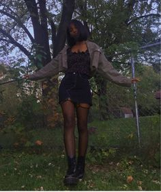 Discovered by Ezra :'(. Find images and videos on We Heart It - the app to get lost in what you love. Edgy Outfits, Mode Outfits, Grunge Outfits, Girl Outfits, Fashion Outfits, Plaid Fashion, Black Girl Fashion, Dark Fashion, Trendy Fashion