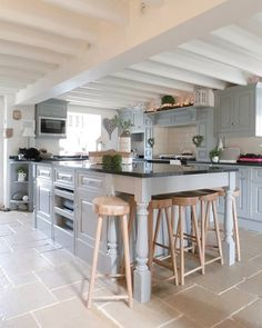A festive feel in our Country Kitchen... Grey Kitchen Country home and interiors