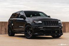 Lifted Jeep Cherokee, Jeep Wrangler Lifted, Jeep Grand Cherokee Limited, Lifted Jeeps, Jeep Wranglers, All Black Jeep, Black Cars, B13 Nissan, Nissan 350z