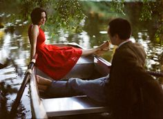 Dreamy boat engagement session by Mastin Studio