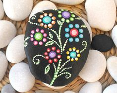 Floral style painted beach stone- flowers painted on pebble- dot painted flowers- collectible painted rock- gift new house- decorated stone Stone Art Painting, Dot Art Painting, Mandala Painting, Pebble Painting, Pebble Art, Mandala Painted Rocks, Mandala Rocks, Hand Painted Rocks, Painted Flowers