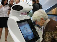 Advee Digital Signage + mobile robot