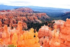 Hiking in Bryce Canyon  - http://atravelinfos.com/hiking-in-bryce-canyon.html
