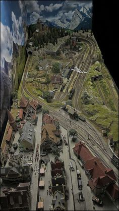 10 of the Largest Model Railroads in the World – Model Trains N Scale Model Trains, Model Train Layouts, Train Ho, Ho Scale Train Layout, Train Miniature, Escala Ho, Model Railway Track Plans, Train Pictures, Ho Trains