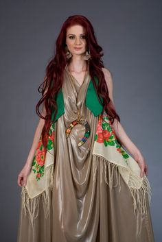 Tradition and modernity- Gypsy fashion from Erika Varga (Romani Design) Gypsy Style, My Style, Kimono Top, Product Launch, Bohemian, Style Inspiration, Culture, Celebrities, Gypsy Fashion
