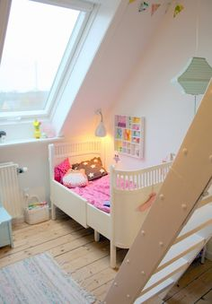 Colourful Kids Room Style and Inspiration with a Retro & Vintage Look.