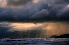 File:Rain ot ocean beach.jpg