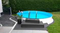 Pool in the small garden self-build - Garden Design Ideas
