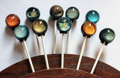 Funny pictures about Solar System Lollipops. Oh, and cool pics about Solar System Lollipops. Also, Solar System Lollipops photos. Sistema Solar, Space Party, Space Theme, Hard Candy, Stargazing, Solar System, Planets, Fancy, Cool Stuff