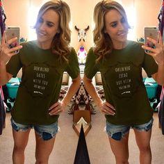 Deer Blind Dates Tee - Olive – Pistols & Pearls Boutique