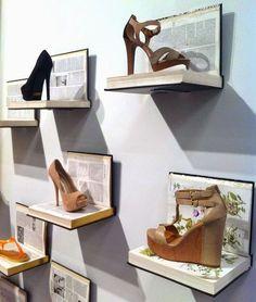 12 Unbelievable Decoration Ideas With Old Books - HomelySmart - HomelySmart Boutique Decor, Boutique Interior, Books Decor, Diy Shoe Rack, Shoe Display, Display Ideas, Retail Store Design, Store Interiors, Shop Window Displays