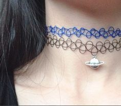 Like the 90's tattoo choker you know and love with a jelly twist. More translucent and super stretchy!