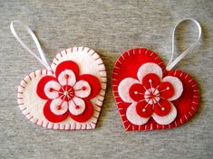 Felt Heart Ornament - Red Heart - felt flowers - Valentines Day Gift Idea - Mom Gift - Heart Hanging - Home Decor - Handmade Embroidery - Flower Ornaments, Felt Christmas Ornaments, Heart Ornament, Handmade Ornaments, Handmade Bookmarks, Owl Ornament, Christmas Baby, Christmas Decor, Valentines Flowers