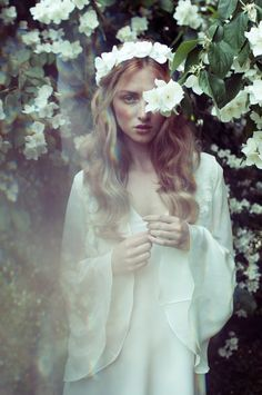 Inspire Wedding | Midsummer Night's Dream | Inspiration, bride, dress, wreath, flowers