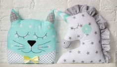 Cojines en tela de estrellas de gato y unicornio. Cat and unicorn pillow