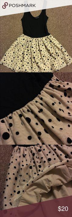 Selling this Topshop tulle dress sz 4 on Poshmark! My username is: houseofbun. #shopmycloset #poshmark #fashion #shopping #style #forsale #Topshop #Dresses & Skirts