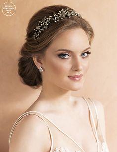 wedding hairstyles with tiara - weddinghairstyles Tiara Hairstyles, Cute Hairstyles, Wedding Hairstyles, Wedding Hair And Makeup, Bridal Makeup, Hair Makeup, Elegant Wedding Hair, Wedding Hair Pieces, Braut Make-up
