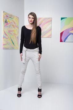 Ss, Capri Pants, Candy, Fashion, Moda, Capri Trousers, Fashion Styles, Sweets, Fashion Illustrations