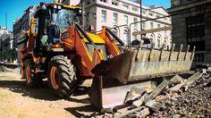 En la ciudad o el campo #JCB esta preparado para cualquier trabajo.