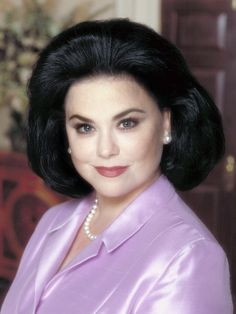 """Delta Burke (born July is an actress probably best known for her role as Suzanne Sugarbaker in the sitcom """"Designing Women"""" alongside Jean Smart, Dixie Carter, and Annie Potts. Dixie Carter, Jean Smart, Delta Burke, Retro Hairstyles, Southern Belle, Celebs, Celebrities, Big Hair, Beauty Queens"""