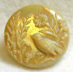 ¤ Antique Caramel Glass Button with Iridescent Luster NBS Medium Size Bird and Flowers