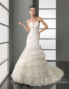 wedding dress - http://zzkko.com/n201282-013-SKY-darling-new-fashion-wedding-dress-Bra-trailing-Melaleuca-skirt-custom-models.html $41.93