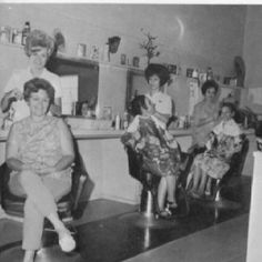 Vintage beauty salon photo- my mom went weekly to have hair done!