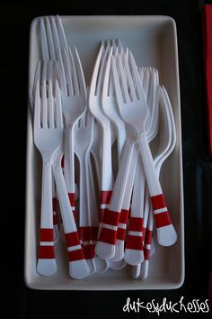 Bowling party cake forks that look like bowling pins.  #MelsLoneStarLanes #GeorgetownTX