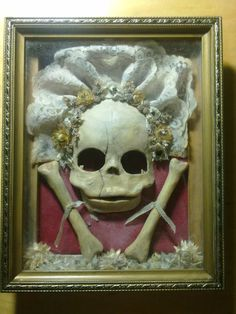 Stunning modern Memento Mori art piece from victoriancurishop on Etsy. Absolutely perfect.