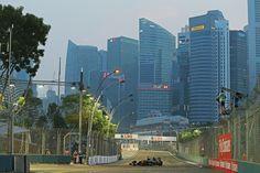 Romain Grosjean (FRA) Lotus F1 E23.Singapore Grand Prix, Saturday 19th September 2015. Marina Bay Street Circuit, Singapore.