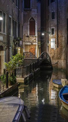 Venice Canal - Fondos gratis para iPhone 5 - Wallpapers para Nokia sin SMS y suscripciónes
