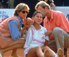 This is so heartbreakingThis is the tragic story of the Monica Seles stabbing...