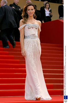 Kate Beckinsale - Kate wows in this off the shoulder glitzy dress.