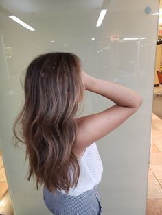 Long Wavy Ash-Brown Balayage - 20 Light Brown Hair Color Ideas for Your New Look - The Trending Hairstyle Brown Hair Balayage, Hair Highlights, Brown Hair With Caramel Highlights Medium, Subtle Highlights, Bayalage, Ombre Hair, Hair Inspo, Hair Inspiration, Brunette Hair
