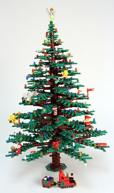 This week we're celebrating the power of lego. Lego has brought some… Lego Christmas Tree, Noel Christmas, Primitive Christmas, Christmas Crafts, Christmas Decorations, Xmas Tree, Lego Design, Deco Lego, Minifigures Lego