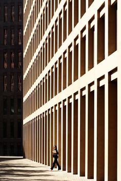 Beautifully rhythmic facade, stunning colonnade to base Brick Architecture, Contemporary Architecture, Architecture Details, Interior Architecture, System Architecture, Concept Architecture, Building Exterior, Building Facade, Facade Pattern