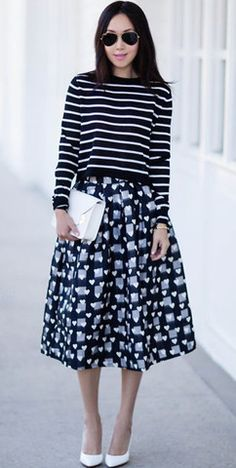 Modest knee length heart print midi below knee skirt | Shop Mode-sty