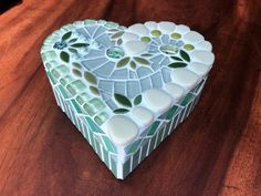 Mint green glass mosaic heart shaped box   Etsy Special Gifts, Great Gifts, Keep Jewelry, Ceramic Flowers, Covered Boxes, Mosaic Glass, Flower Vases, Wooden Boxes, Mosaics