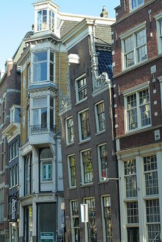 Amsterdam has some of the best buildings for perspective drawing, in my opinion. When you walk around the city you notice some of the building tilting in toward the street. Stairs cases in Amsterdam are too narrow to move furniture in so a hoist & gable located at the top of the building is used to hoist furniture to the upper levels. My biggest regret is not spending time sketching out all the beautiful streets & canals...I feel it's time for a revisit soon.