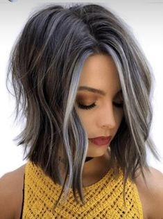 Perfect Hair Color, Hair Color And Cut, Medium Hair Styles, Short Hair Styles, Grey Hair Transformation, Grey Hair Inspiration, Gray Hair Highlights, Great Hair, Silver Hair
