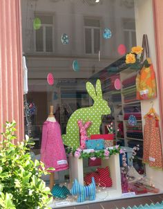 2015 Easter window display for the Red Cross, Hay-on-Wye ...