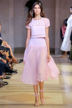Carolina Herrera Spring 2016 Ready-to-Wear Collection - Vogue