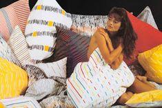 A legszebb magyar szupermodellek, topmodellek, sztármanökenek, manekenek, fotómodellek (RETRÓ): Kalmár Zita szupermodell Hungary, Beach Mat, Outdoor Blanket, Posters, Life, Beauty, Fashion, Kalmar, Moda