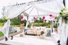 フォトブースもさらにおしゃれに演出。可愛らしいブースにゲストの方もお写真time。  http://www.dreamplanning-wedding.jp/