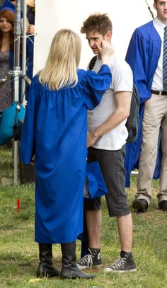 Andrew Garfield and Emma Stone being cute on the Graduation set of TASM2