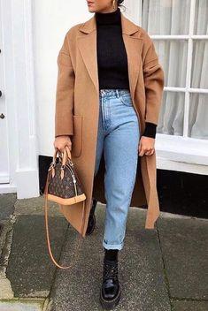 Kurze Mom Jeans und All Star BrancoKurze Mom Jeans und All Star BrancoMom Jeans und Converse All Star WeißMom Jeans. Casual Winter Outfits, Winter Fashion Outfits, Stylish Outfits, Fall Outfits, Autumn Fashion, Fashion Ideas, Style Fashion, Casual Boots, Fashion Trends