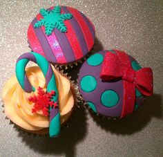 Fabulous Christmas Cupcakes