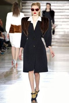 Miu Miu Fall 2011 Ready-to-Wear Fashion Show - Yulia Terentieva (OUI)