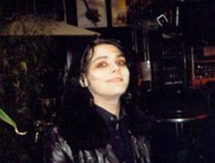 I don't know why I love these old bad quality photos of Gee, but I really do