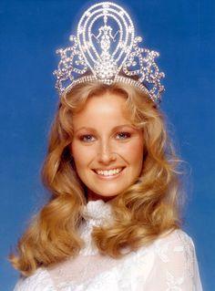 Yvonne Ryding (Miss Universe 1984)